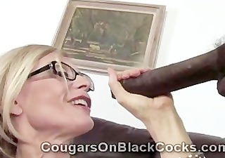 greatly sexy mature blond wench nina hartley