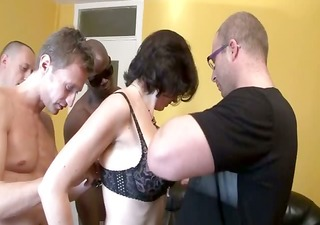 a group sex for elo a french milf
